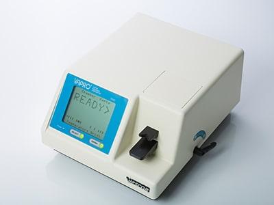 浸透圧測定器(測定中)
